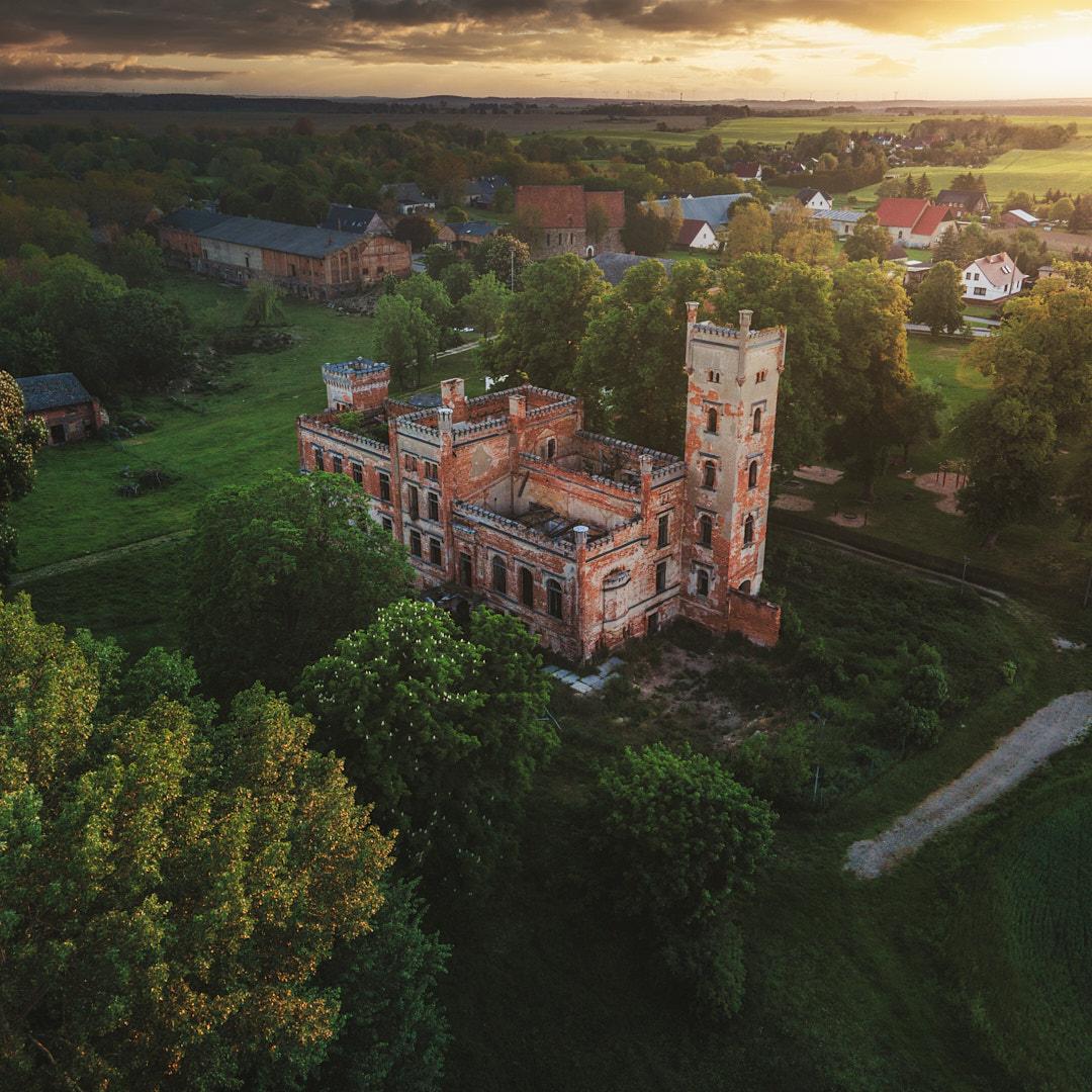 Schloss Hohenlandin im Morgengrauen